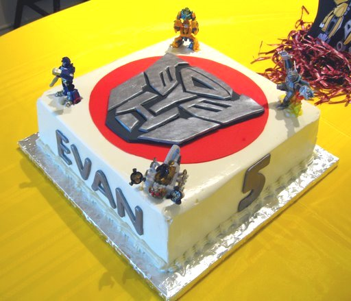 transformer-cake-1
