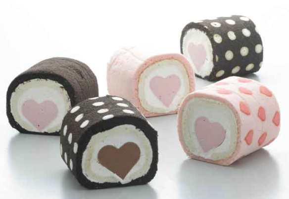 Yellow_Pumpkin_petite_heart_roll_cakes_01